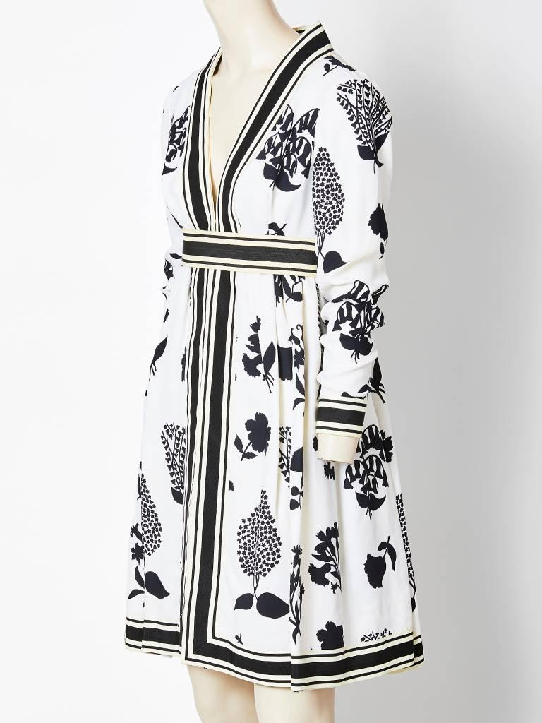 Gray Geoffrey Beene Graphic Floral Pattern Day Dress For Sale