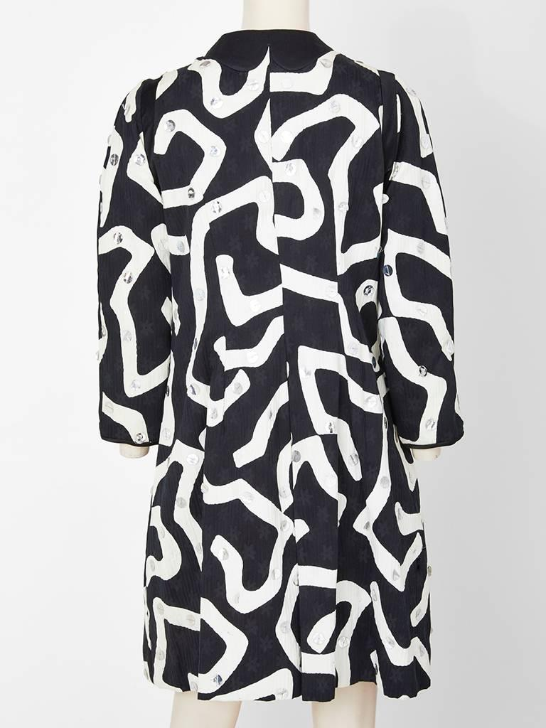 Geoffrey Beene Graphic Pattern Coat with Paiettes In Excellent Condition For Sale In New York, NY