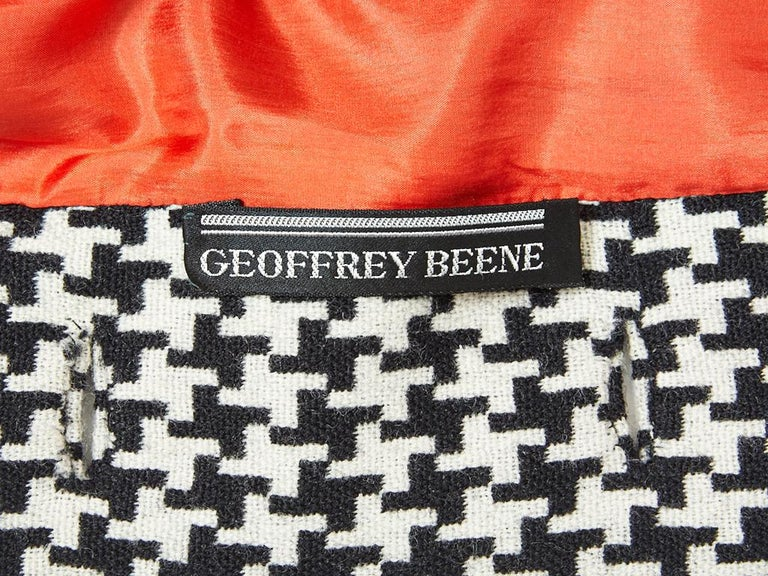 Geoffrey Beene Houndstooth Pattern Tunic and  Skirt Ensemble In Excellent Condition For Sale In New York, NY