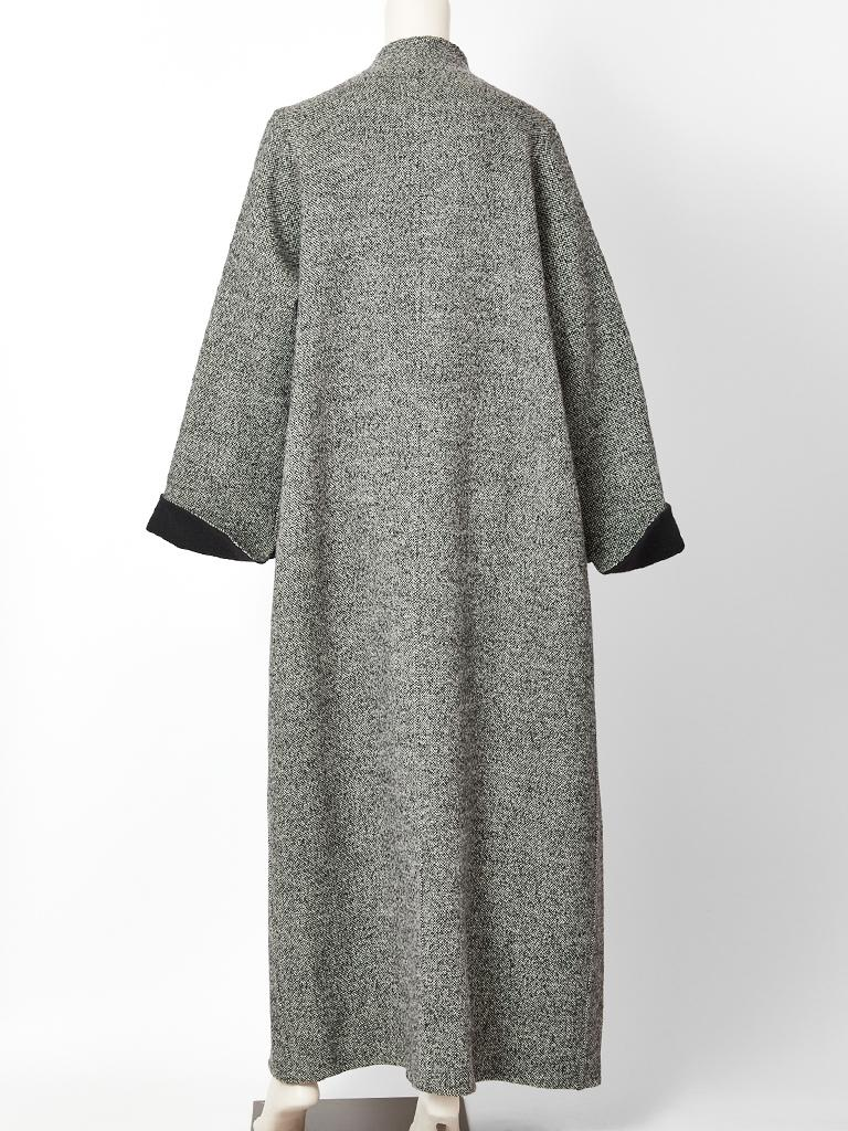 Geoffrey Beene Tweed Maxi Coat In Excellent Condition For Sale In New York, NY
