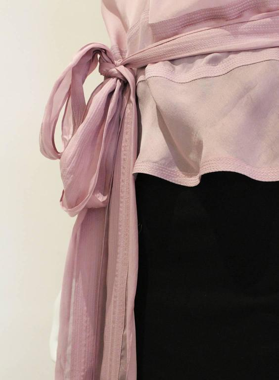 Women's 1990s YSL Lilac Silk Floaty Sleeved Blouse For Sale