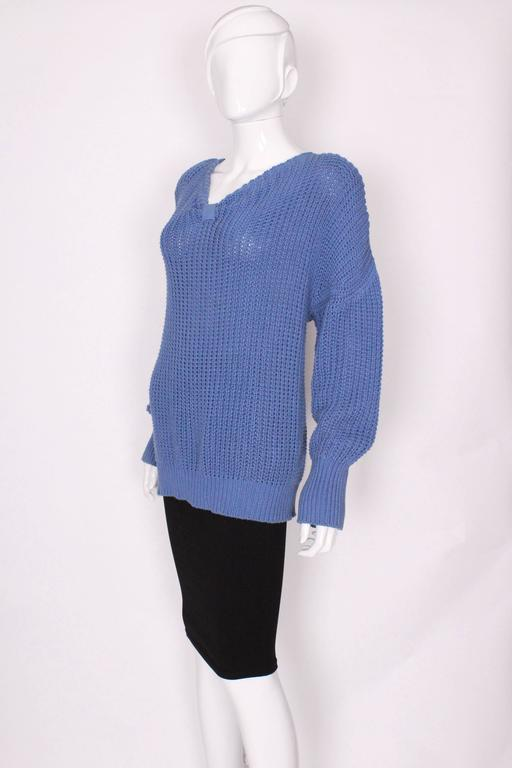 1980s Jean Muir Cornflower Blue Knitted Jumper In Excellent Condition For Sale In London, GB