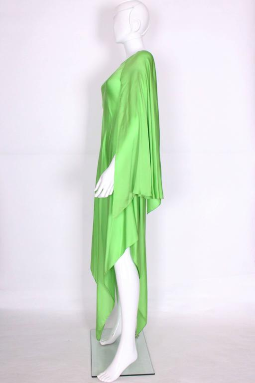 Women's Green silk gown by Oscar de la Renta For Sale