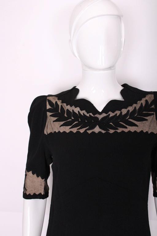 1940s Black Crepe Leaf Detail Applique Dress For Sale 2