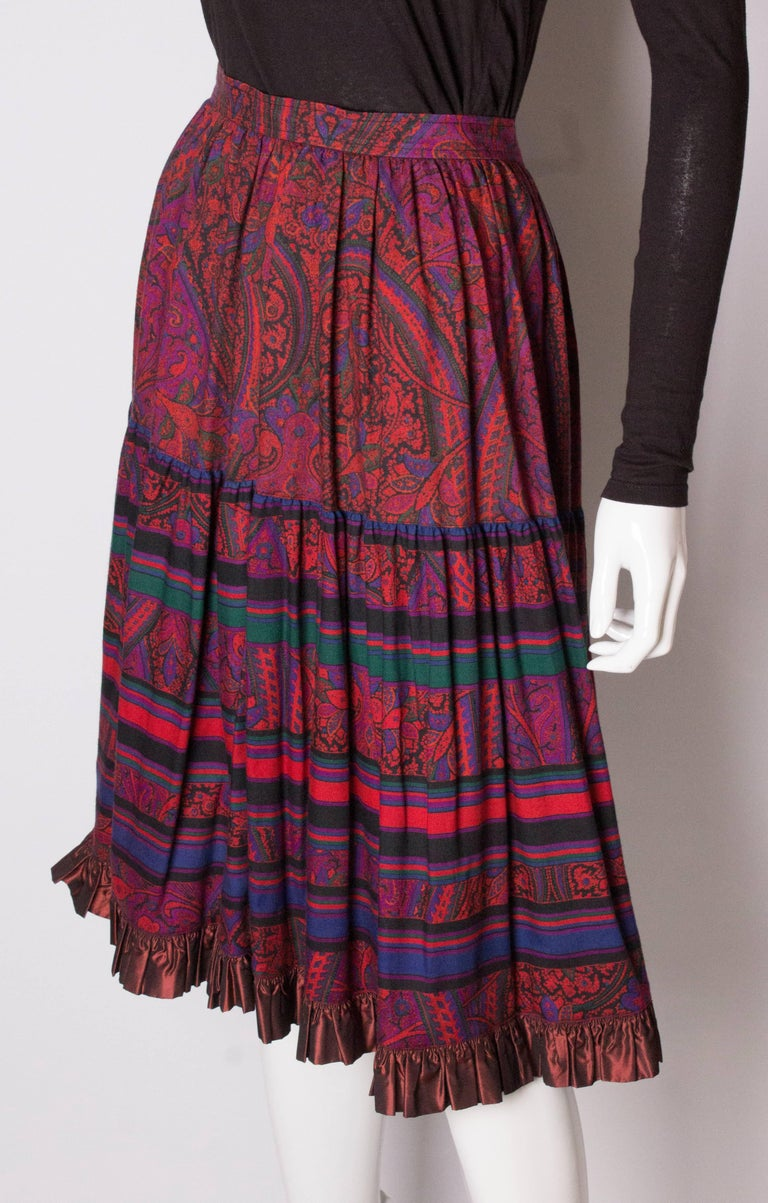 Yves saint Laurent Rive Gauche  Paisley Print  Skirt In Good Condition For Sale In London, GB