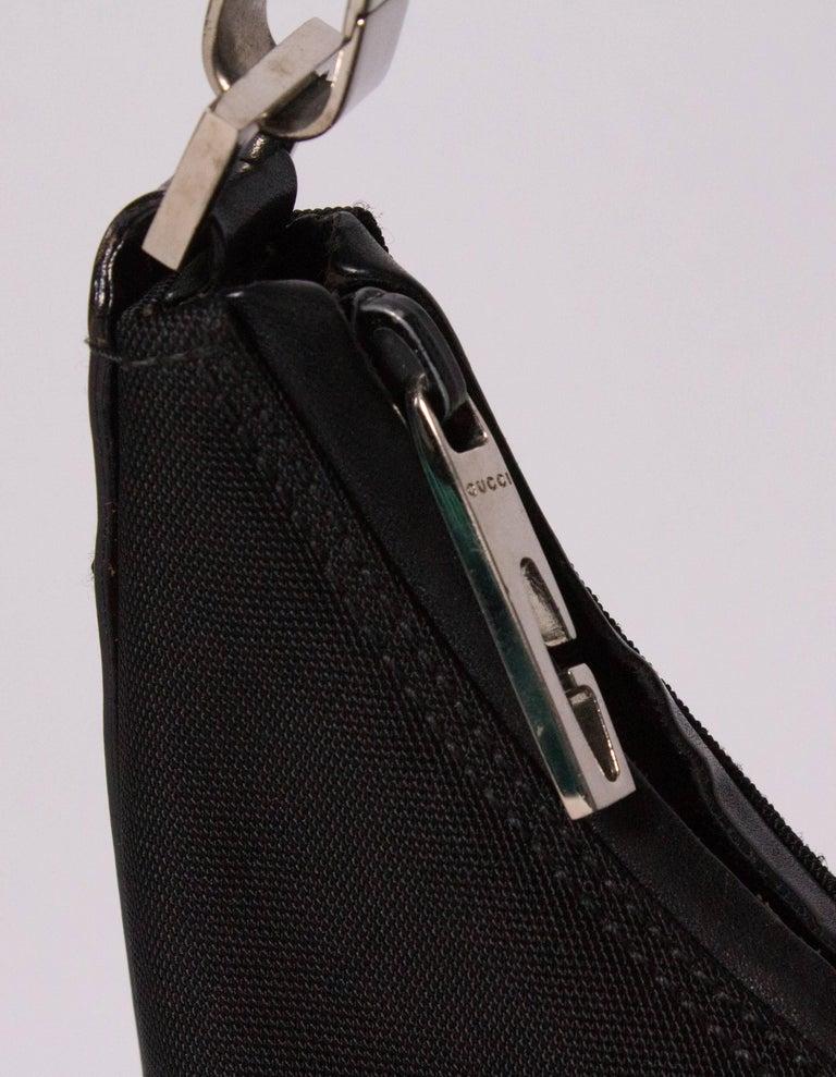 Women's Black Gucci Shoulder Bag For Sale