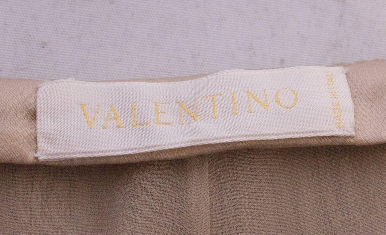 A Vintage cream Silk evening Skirt by Valentino For Sale 3