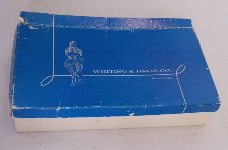 A Vintage 1930s Silver mesh metal evening bag by Whiting and Davis In Excellent Condition For Sale In London, GB