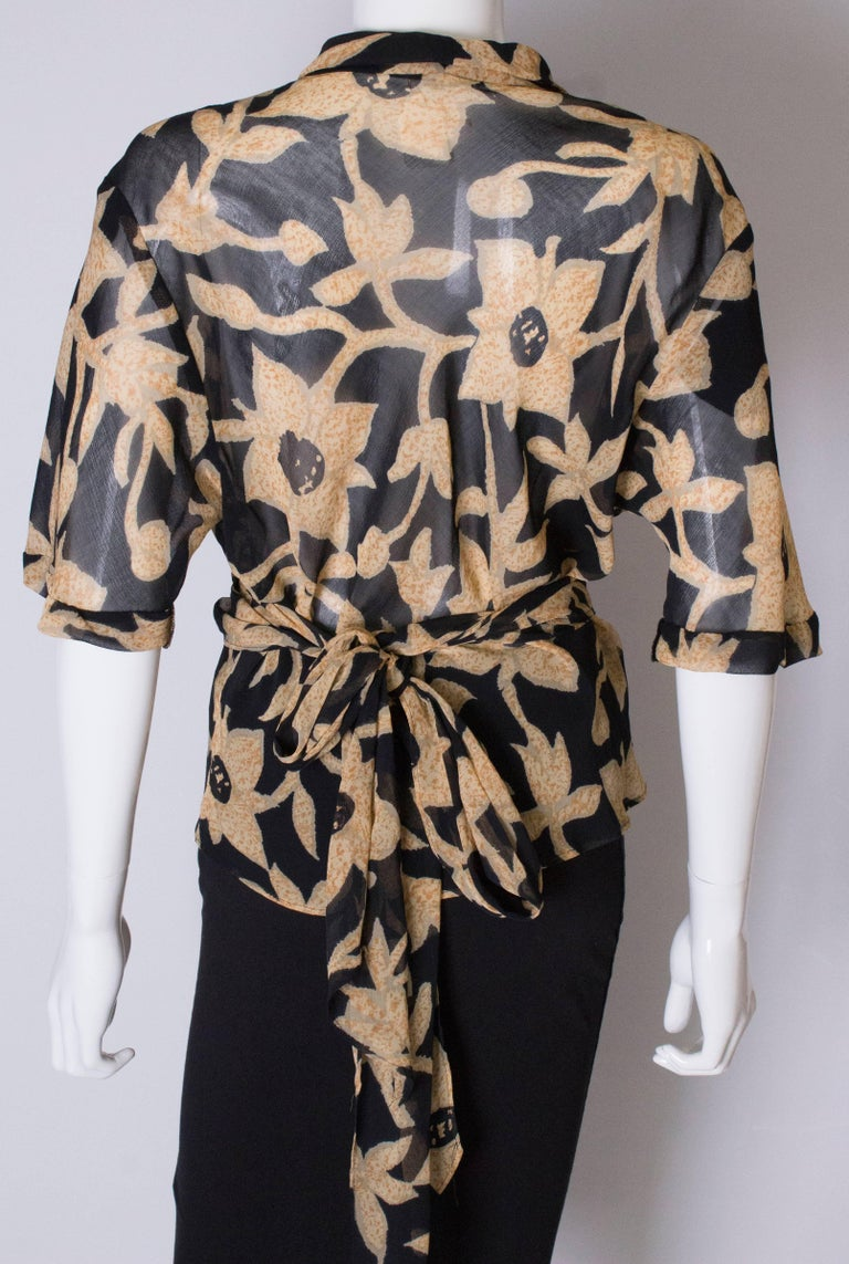 A 1990s Vintage Jeager wrap around floral Summer blouse For Sale 3