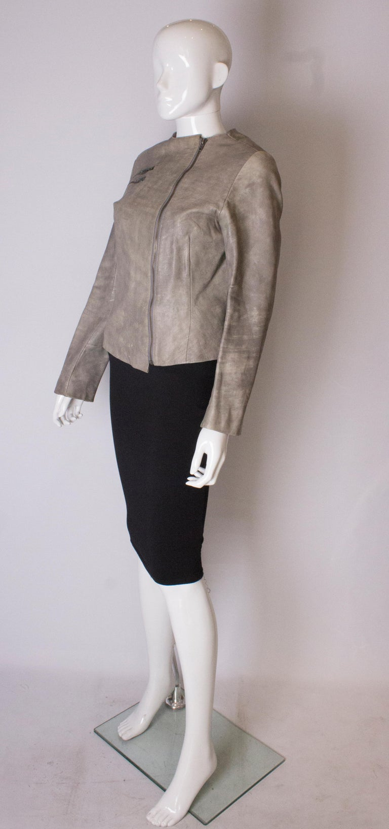 Vintage Grey Leather Jacket In Good Condition For Sale In London, GB
