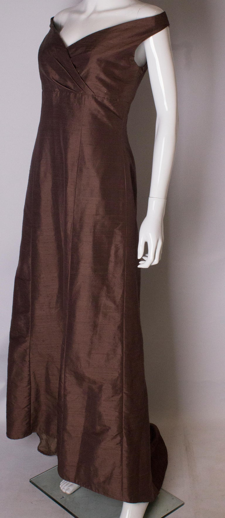 Brown Silk Vintage Gown In Good Condition For Sale In London, GB