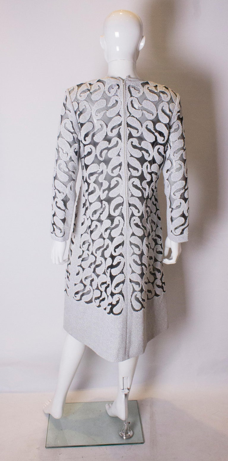 Chic Silver and White Vintage Dress For Sale 2