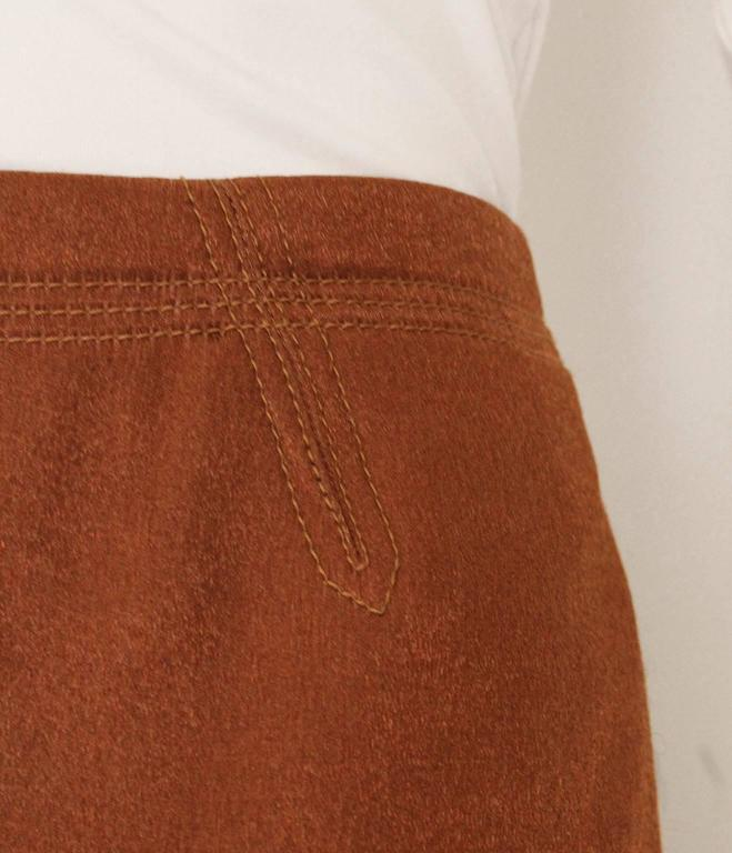 1990s Nina Ricci Bronze Skirt with Gathered  Back For Sale 2