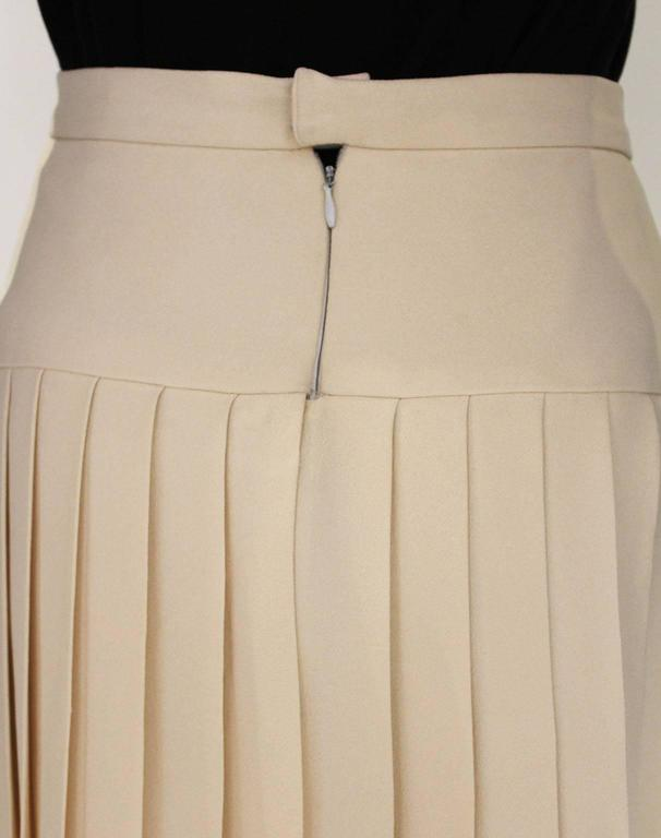 Women's Chanel Silk Pleated Skirt For Sale
