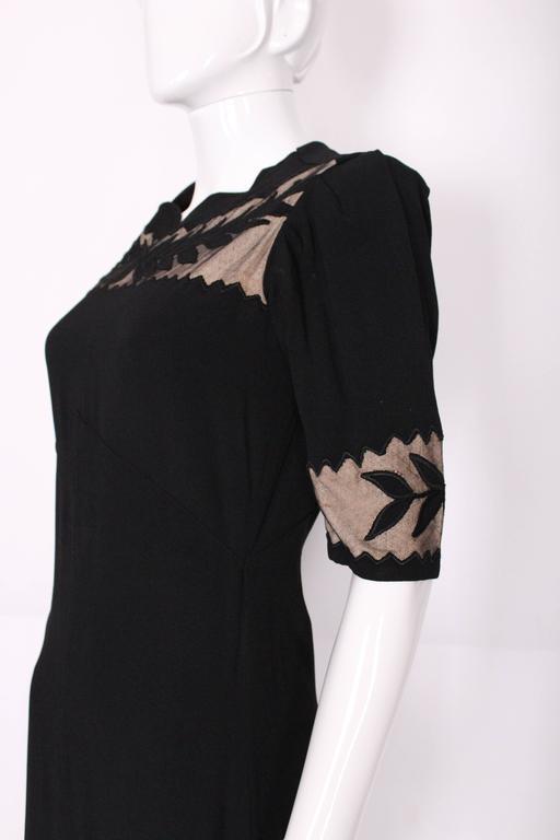 1940s Black Crepe Leaf Detail Applique Dress For Sale 3