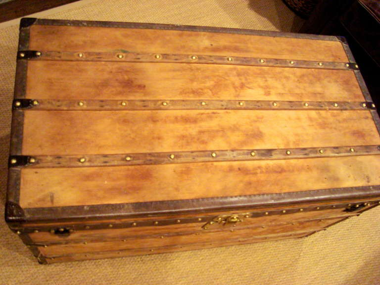 antique louis vuitton wooden steamer trunk coffee table