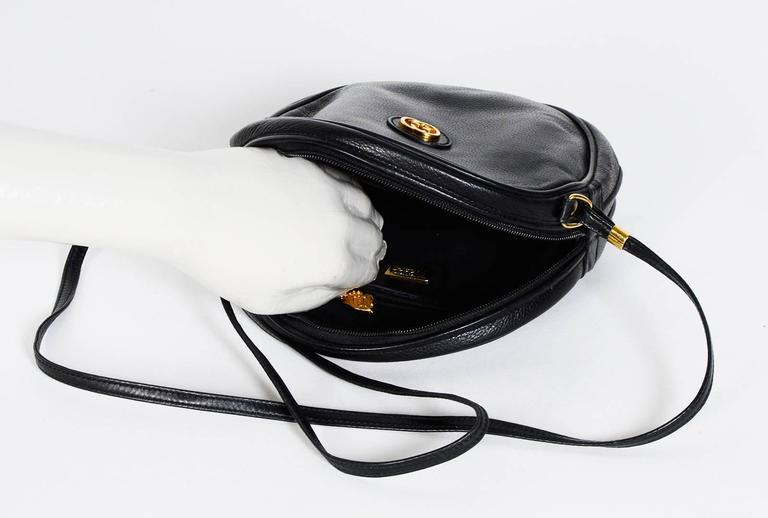 Gucci 70's Vintage Black Leather Canteen Crossbody Bag For Sale 1