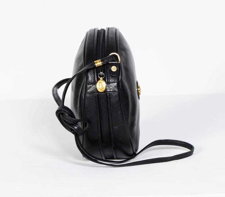 Gucci 70's Vintage Black Leather Canteen Crossbody Bag For Sale 2