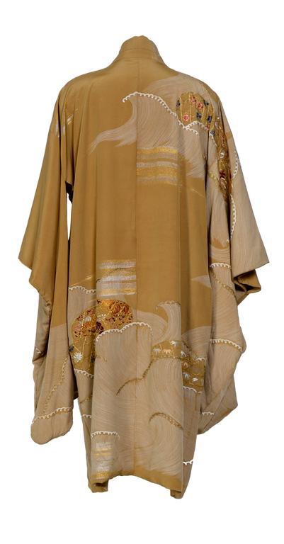 Antique Japanese Silk Embroidered Elegant Kimono For Sale
