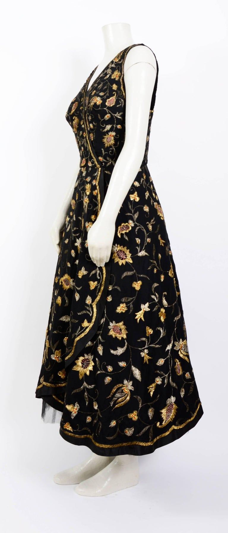 Women's Cristobal Balenciaga numbered documented museum-worthy dress beaded by Rebe 1953 For Sale