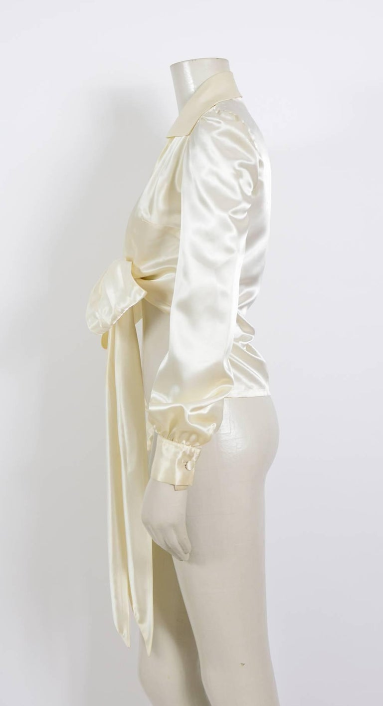 JEAN PATOU 1970s Silk Satin Creme Wrap Top In Excellent Condition For Sale In Antwerp, BE
