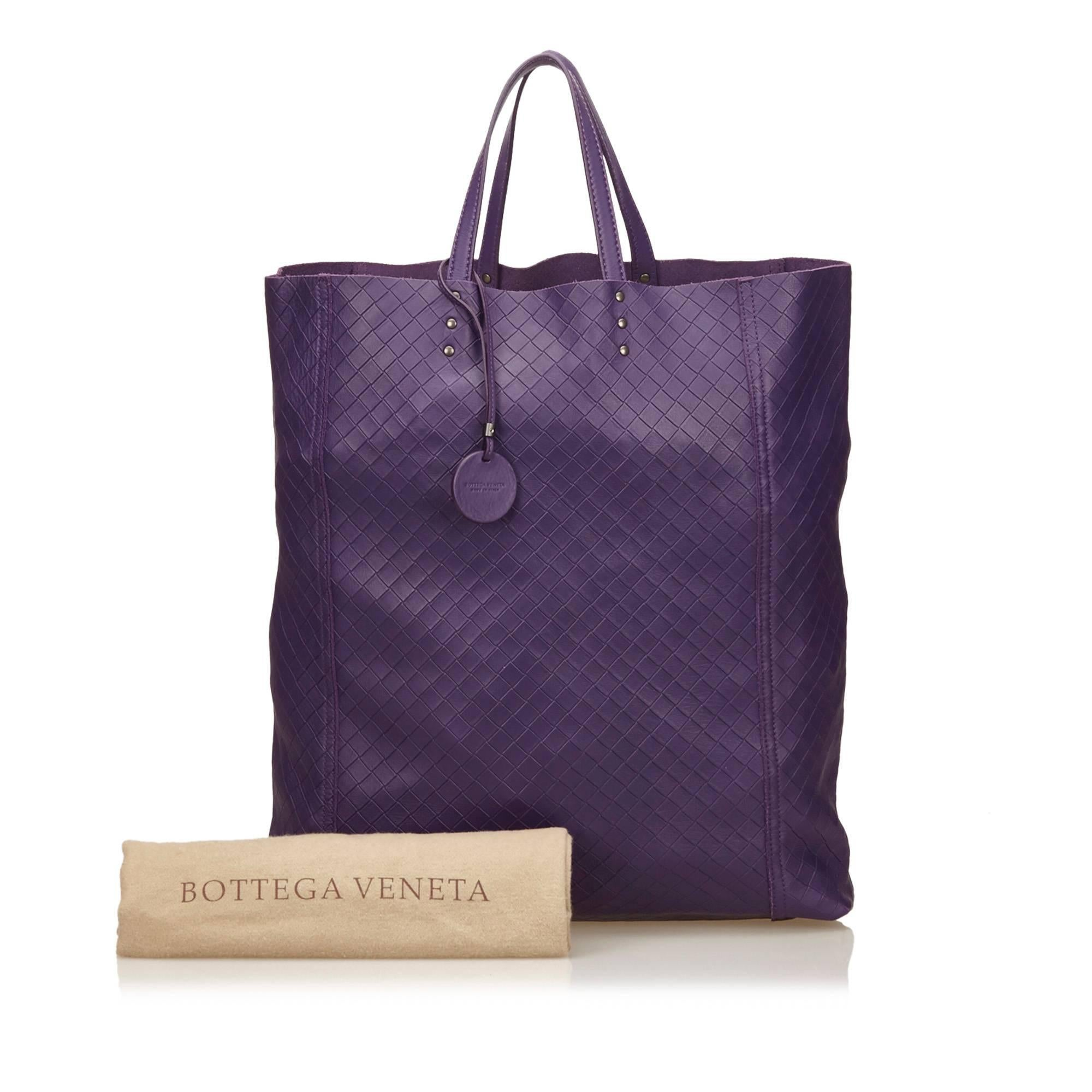 ce0c29f6438f Bottega Venetta Purple Leather Intrecciomirage Tote For Sale at 1stdibs
