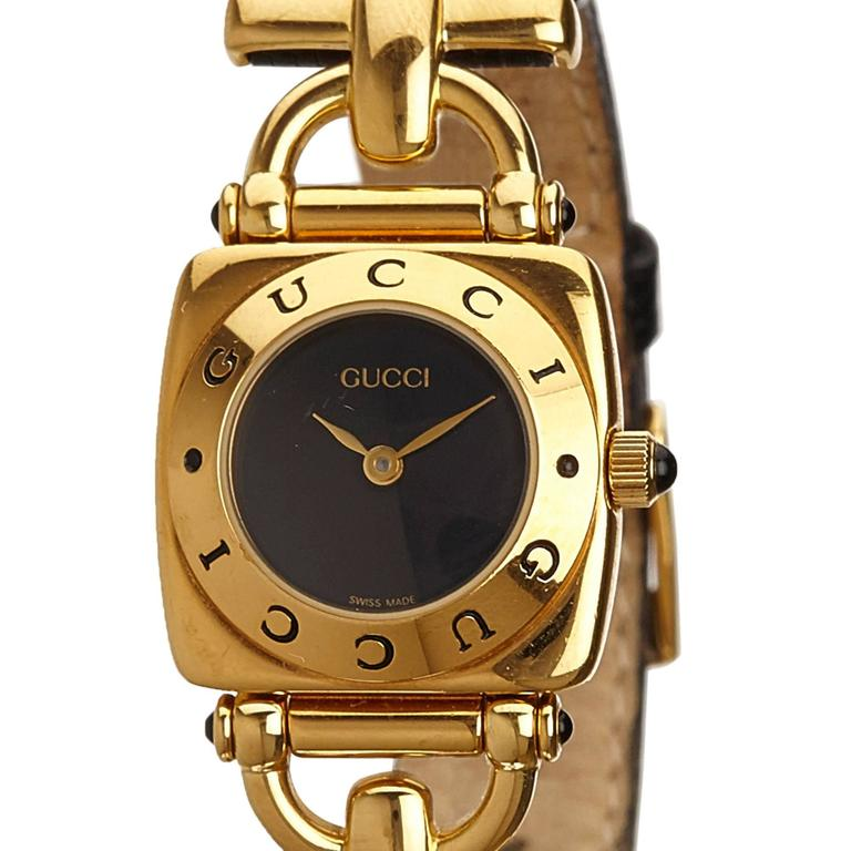 Women's or Men's Gucci Black 6300L Series Watch For Sale