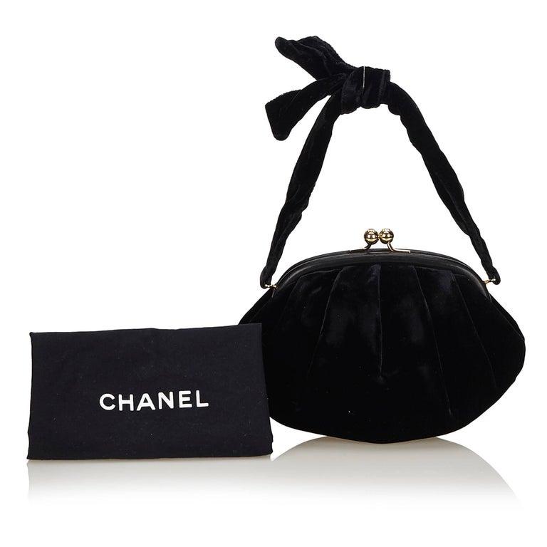 Chanel Black Velour Handbag For Sale 5