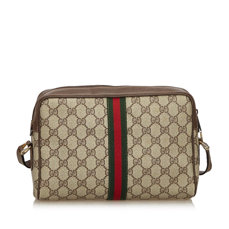 ea9582f73fe7 Gucci Brown Ophidia GG Supreme Small Crossbody Bag In Good Condition For  Sale In Orlando,