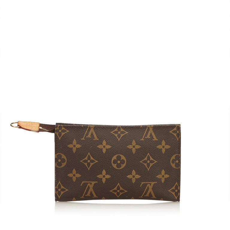 edd039494d0b Louis Vuitton Brown Monogram Toiletry Pouch 15 For Sale at 1stdibs