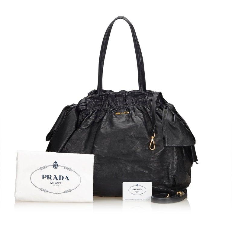 35adab5b39 Prada Black Leather Tote Bag For Sale at 1stdibs