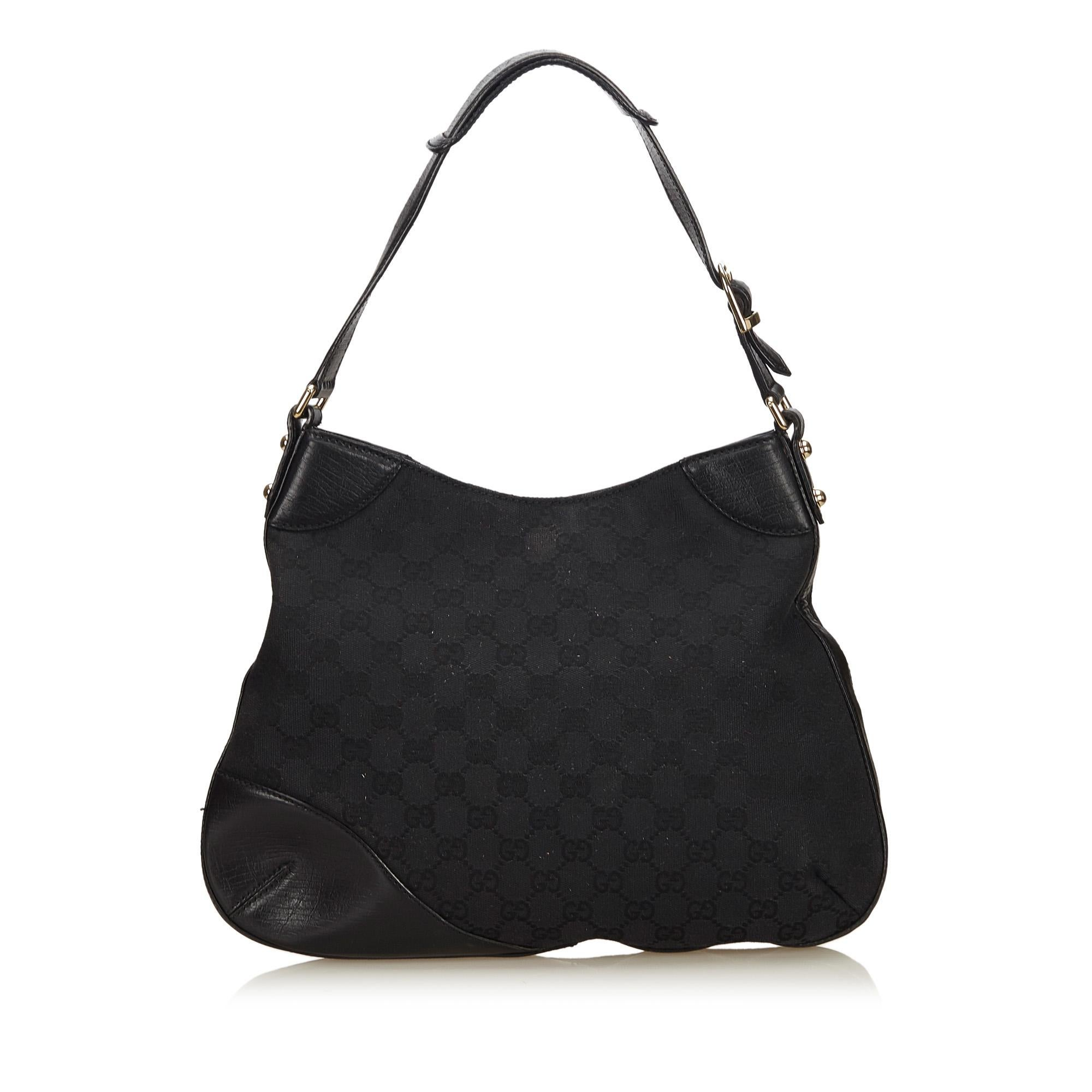 3c6717d97e38 Gucci Black Guccissima Jacquard Shoulder Bag For Sale at 1stdibs