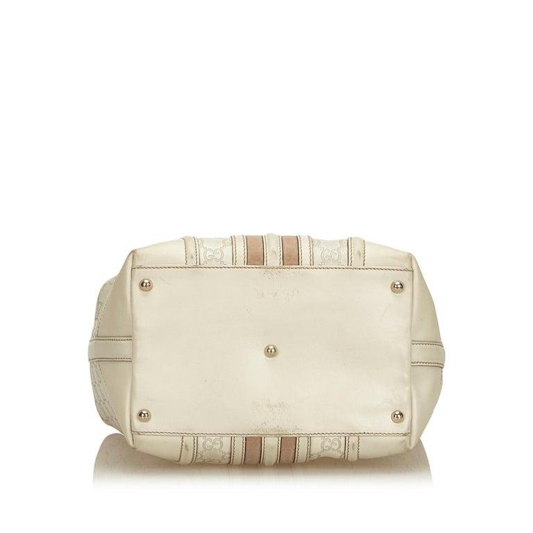 Women's or Men's Gucci White Guccissima Leather Treasure Boston Bag For Sale
