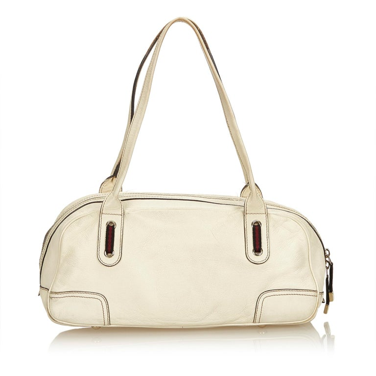 a112f99dcdc7 Gucci White Leather Princy Shoulder Bag In Good Condition For Sale In  Orlando, FL