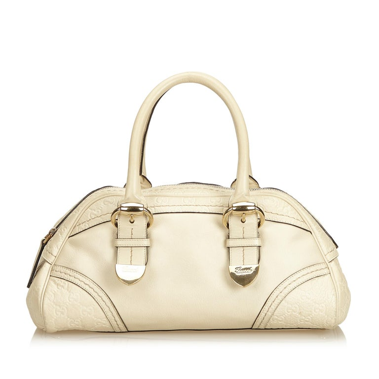 Gucci White x Ivory Guccissima Leather Shoulder Bag In Good Condition For Sale In Orlando, FL