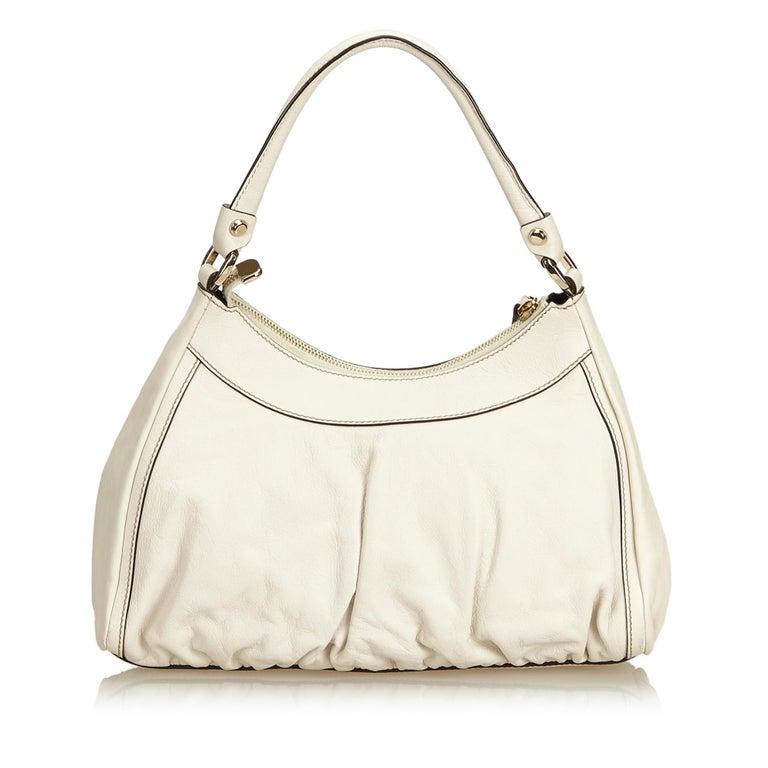 b1980c323fa Gucci White Guccissima Leather D-Ring Shoulder Bag In Good Condition For  Sale In Orlando