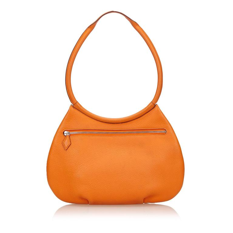 Hermes Orange Orange Cacahuete Shoulder Bag In Good Condition For Sale In New York, NY