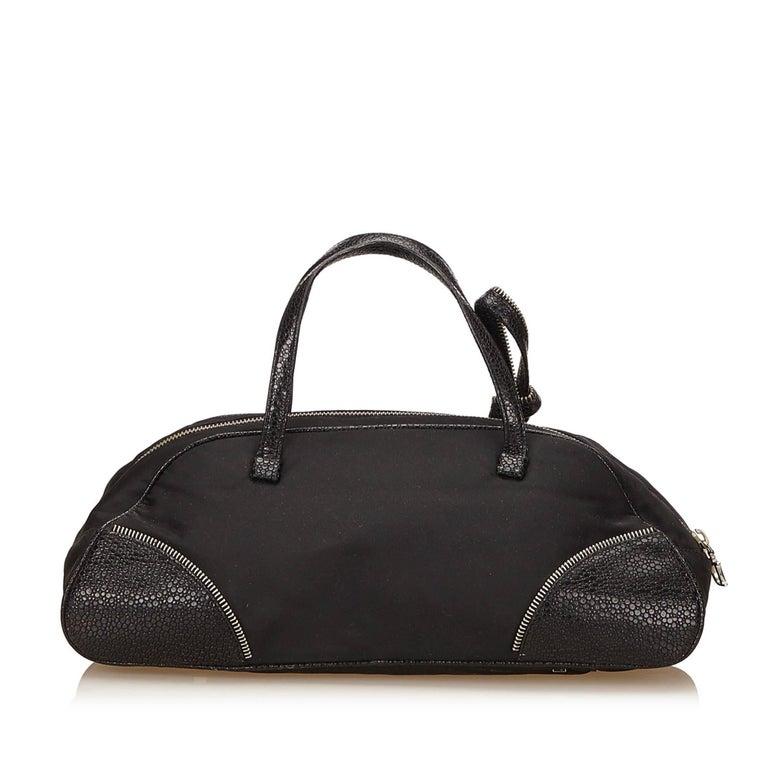 Dior Black Nylon Handbag In Good Condition For Sale In Orlando, FL