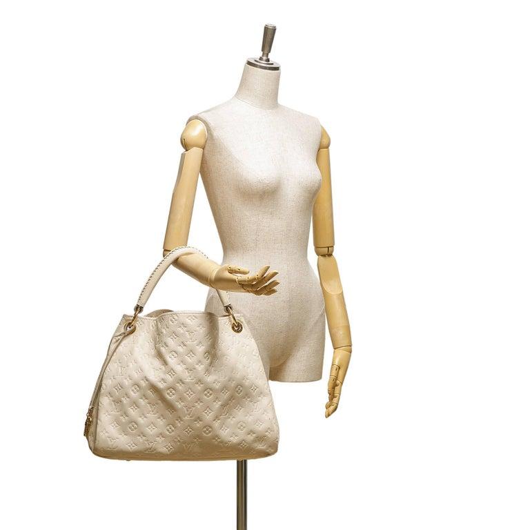 4384fc68d8da Louis Vuitton White Empreinte Artsy MM For Sale at 1stdibs