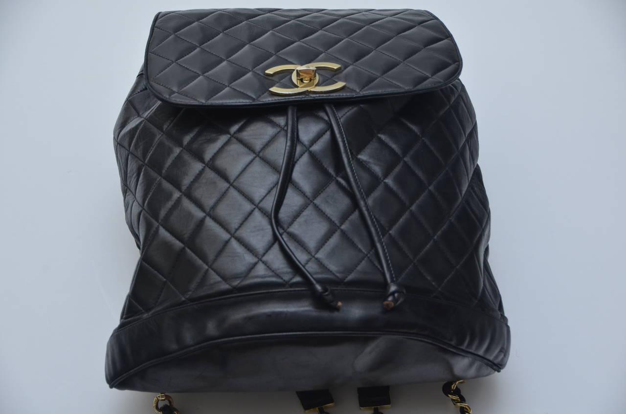CHANEL Large Size Backpack Vintage 5