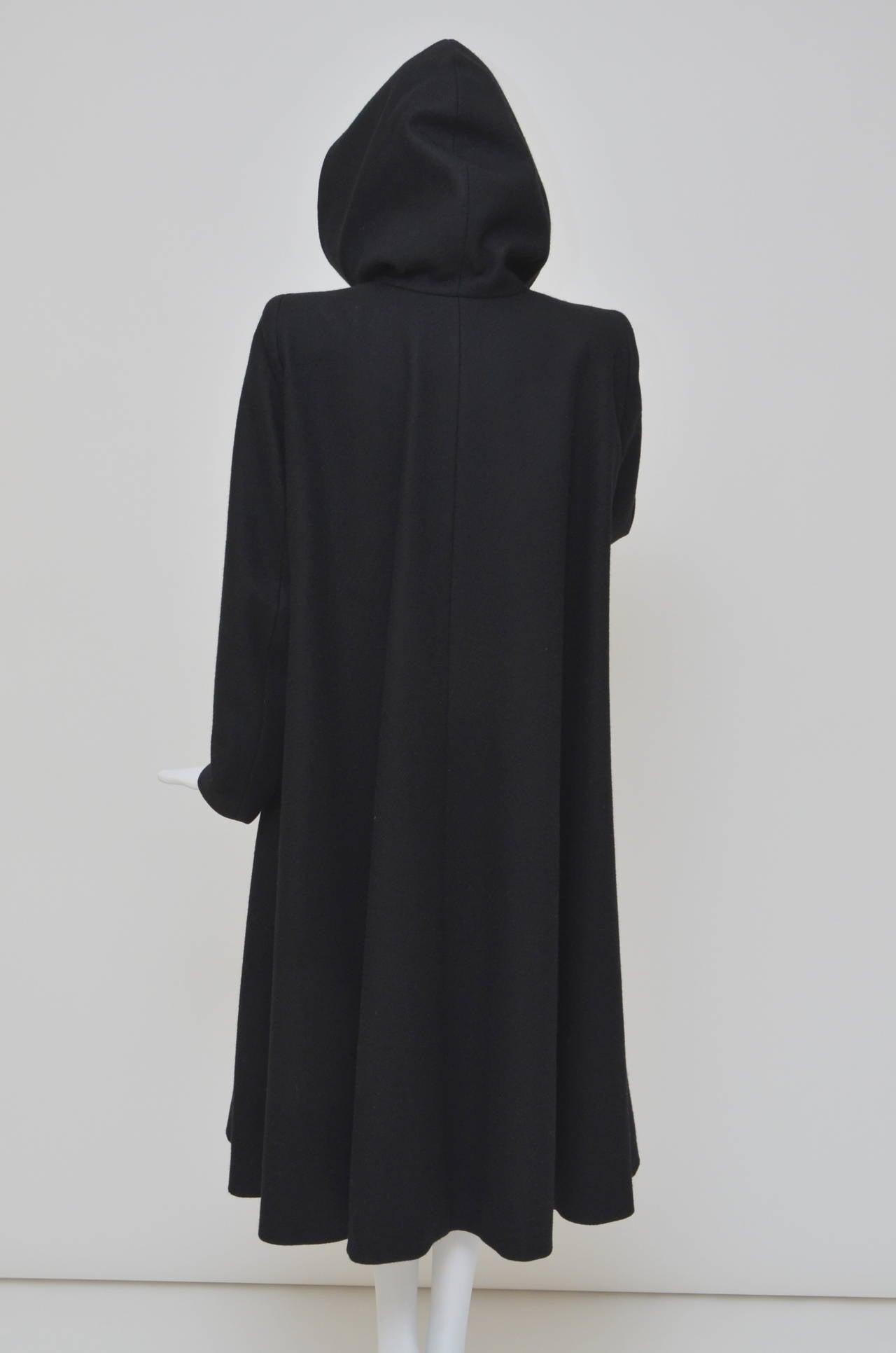 """Alexander McQueen  Cape Coat  Hooded  RUNWAY """"Joan"""" 1998/99 2"""
