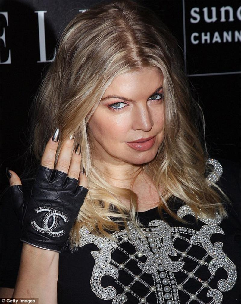 Chanel Embellished Gloves As Seen On Madonna, Fergie And Paris Mint 7