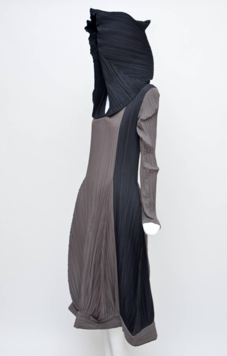 Issey Miyake vintage dress . Same dress in different bi-colors can be seen at Met NY Size M Made in Japan Excellent mint condition.  FINAL SALE.