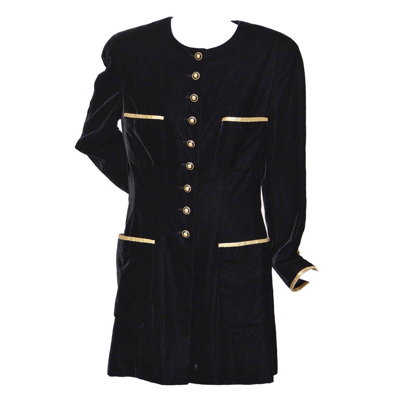 Chanel Vintage Black Velvet Coat Mint As Senn On Claudia Schiffer 1993