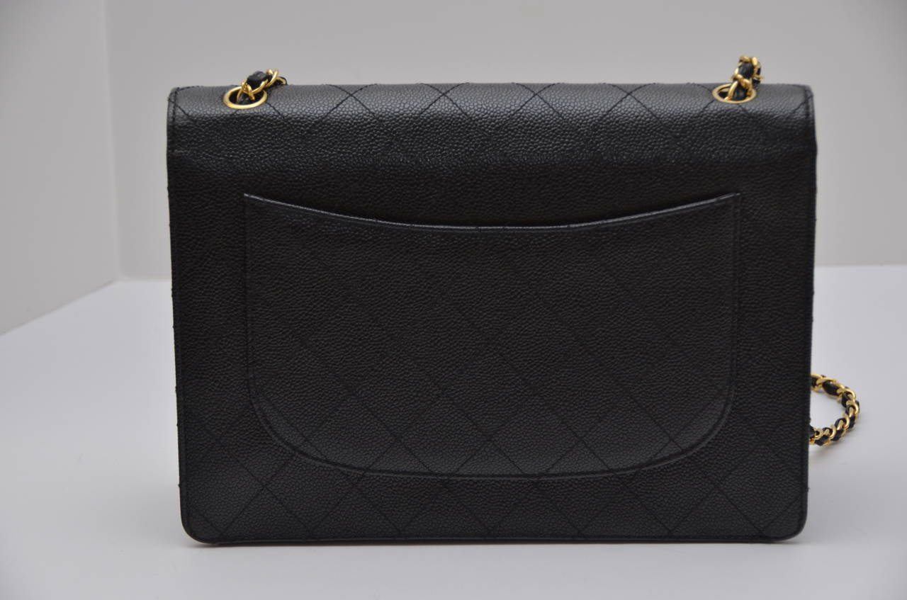 CHANEL Jumbo Size Caviar Leather  Vintage Single  Flap Handbag 2