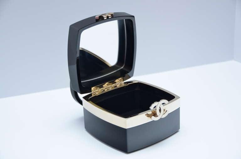 "Chanel Rare Lucite Mini Handbag 04' Collection As Seen In ""DEVIL WEARS PRADA"" 4"