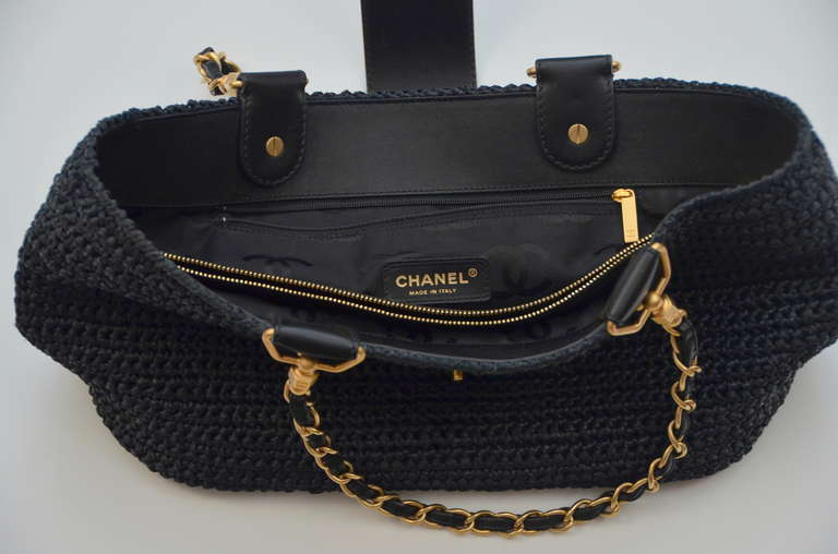 Chanel Straw Raffia Black Handbag Mint 5