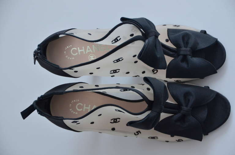 Chanel '09 Rare Black Bow  CC And 5 Logo  Mesh Shoes  40  New 4