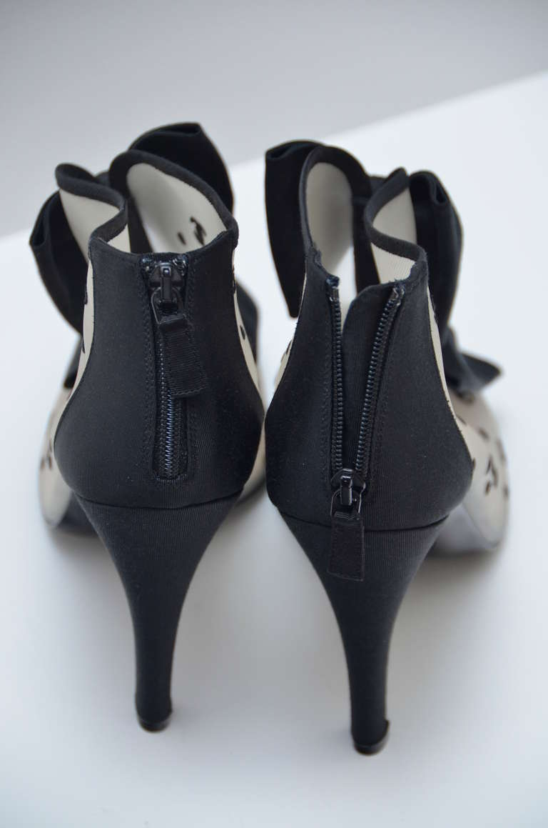 Chanel '09 Rare Black Bow  CC And 5 Logo  Mesh Shoes  40  New 5