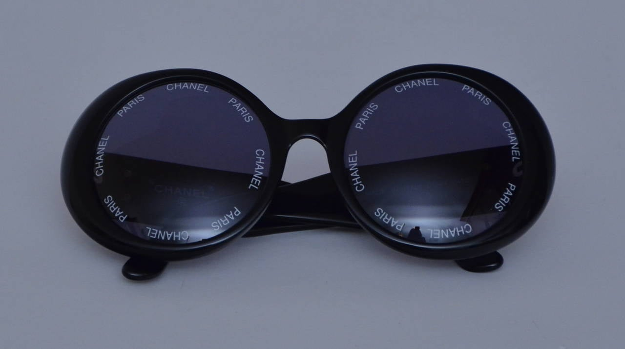 "Chanel Vintage Rare  ""CHANEL PARIS"" Sunglasses As Seen On Rihana  MINT 4"